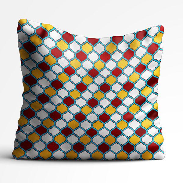 کوسن با طرح هندسی به رنگ های قرمز و زرد و سفید